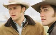 Ledger e Gyllenhaal ne <i>I segreti di Brokeback Mountain</i>