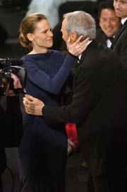 Hilary Swank e Clint Eastwood (A.M.P.A.S. ®)