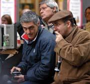 Tornatore sul set con il direttore della fotografia Fabio Zamarion